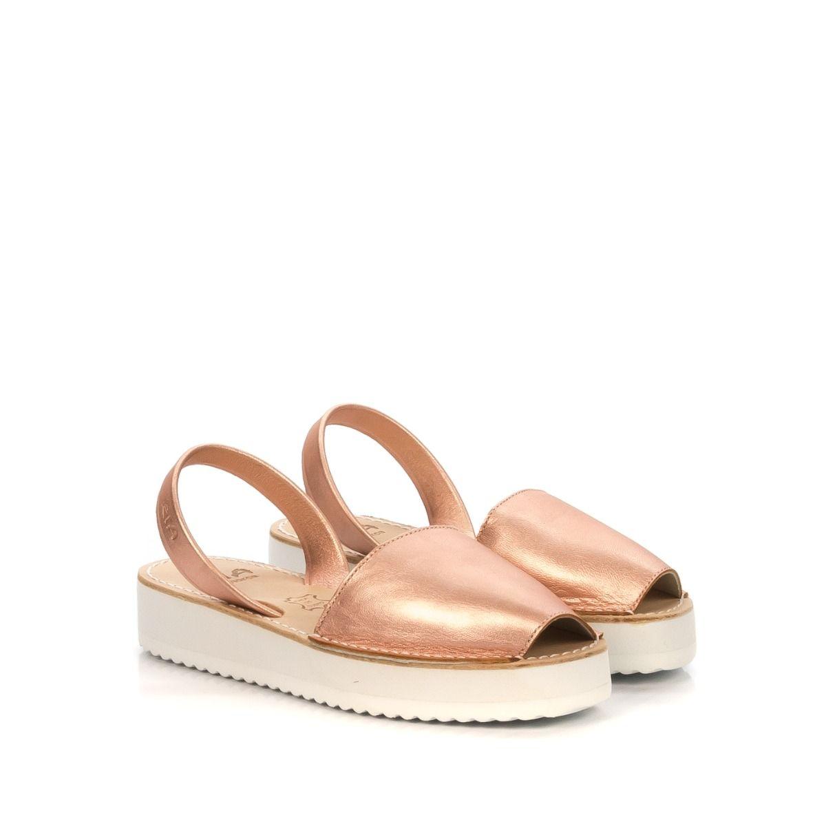 Sandalo donna RIA MENORCA 27300 con platform in pelle rosa laminato ... d9d3d43081e