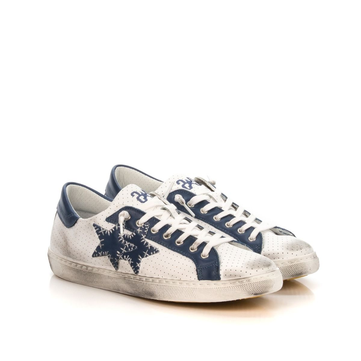 sneakers uomo forate