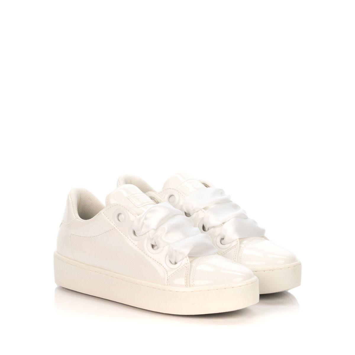 f3eff11271 GUESS SNEAKERS DONNA URN1 VERNICE BIANCA